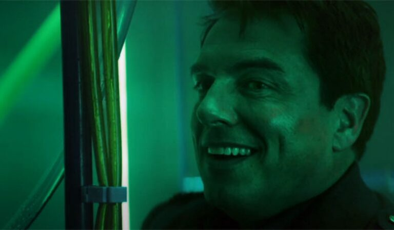 Whovians….. Captain Jack Harkness is Back Just In Time For The Holidays